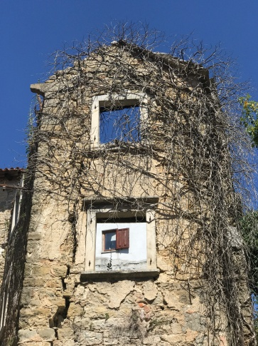 Nature fights back in the Istrian hilltop towns